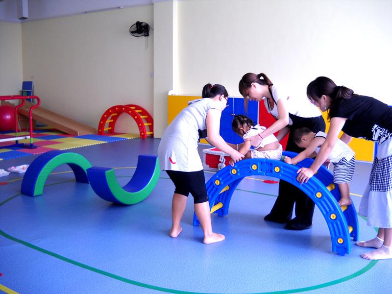 锦绣江南儿童感觉统合训练 为什么孩子自控能力差,情绪不稳定?