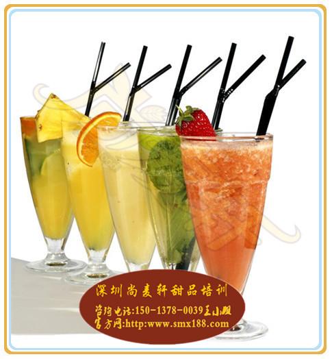 果汁培训,鲜榨果汁的做法哪里有教?
