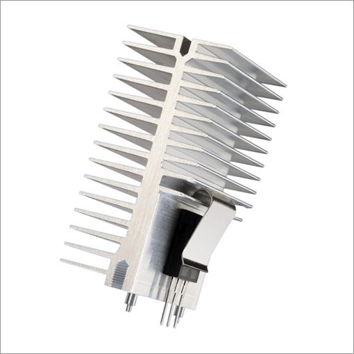 翅片管散热器按翅片的结构形式可分为绕片式;串片式;焊片式;轧片式.