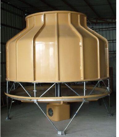 圆形冷却塔吊装现场施工图
