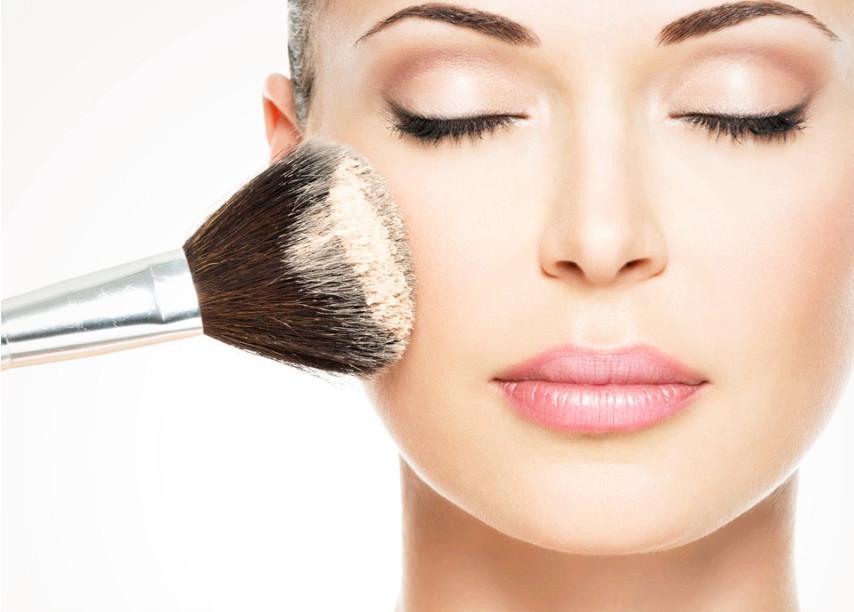 成华区化妆培训学校哪里好 学习化妆是好还是