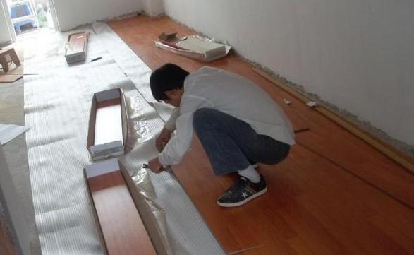 木地板的安装方法:实铺实木地板应有基面板