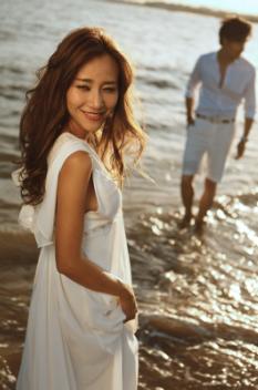 学婚纱摄影一年多少钱_【广州学婚纱摄影要多少钱?婚纱摄影学多长时间?】