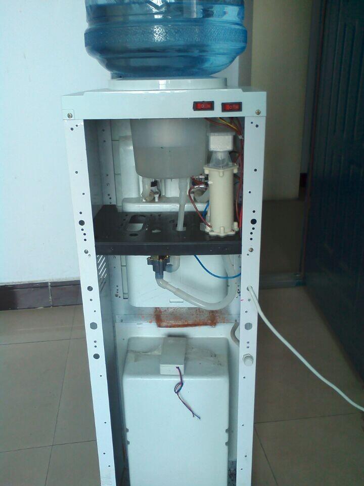 集诸多优点于一身,传统饮水机无需结构改造,直接替换储水热胆即可升级