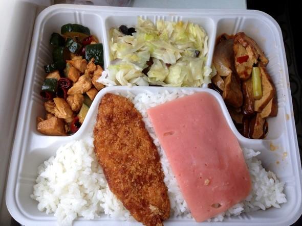 神州飘香盖浇饭种类有哪些 快餐盒饭加盟热线 家常盖浇饭怎么做