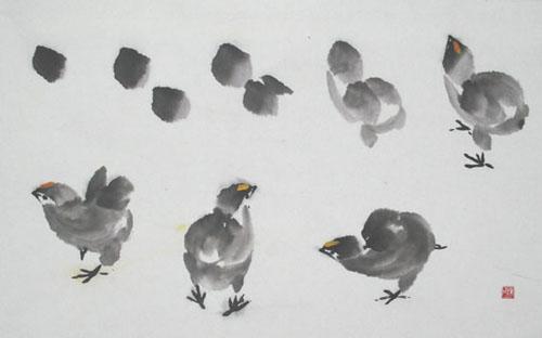 画小鸡一定要画出毛茸茸的感觉,用大白云笔蘸中等墨色,侧锋一笔点出