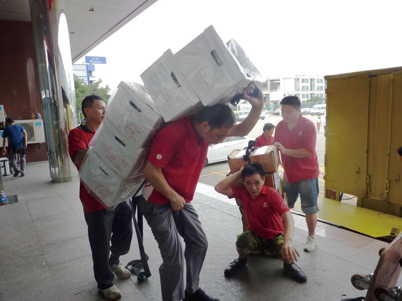 深圳南山诚信搬家公司,把客户的满意放首位费用优惠多多欢迎亲的