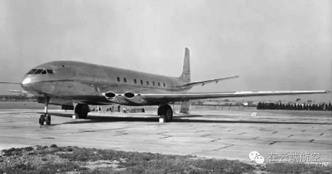 9、德哈维兰(de Havilland) 英国上世纪20年代创立的,生产了世界上首架量产的商用民航客机彗星(虽然黑历史比较多)。后来到了60年代与别的公司合并成Hawker Siddeley,这家公司后来变成了BAE Systems。著名机型:彗星。评语:哪怕多做一个测试结果就会不一样