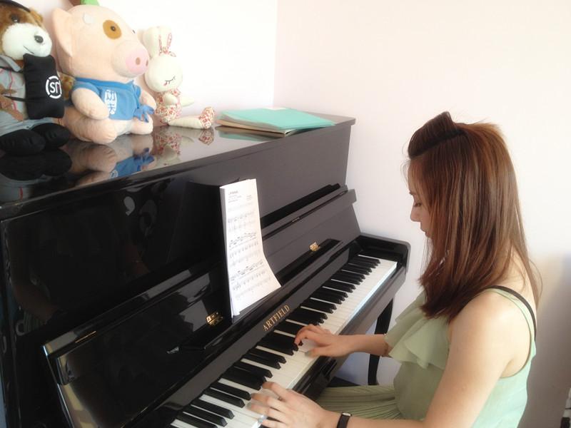 卡农钢琴谱简谱数字_钢琴谱分享