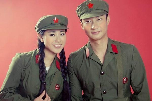 郑州军装主题婚纱照哪家拍的好性价比高,彰显英姿飒爽