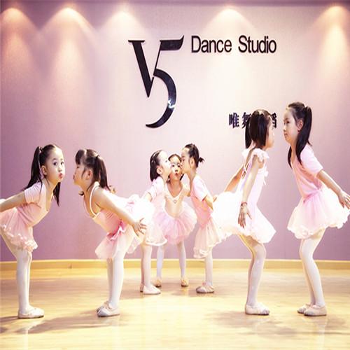 幼儿舞蹈可爱小明星