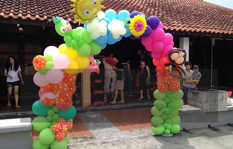 5,植物类椰子树,球中球,花篮,花瓶技法等制作  6,爱心造型,气球花,囍