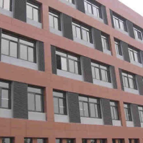 咸阳泾阳县大型的铝合金百叶窗生产厂家欢迎订购