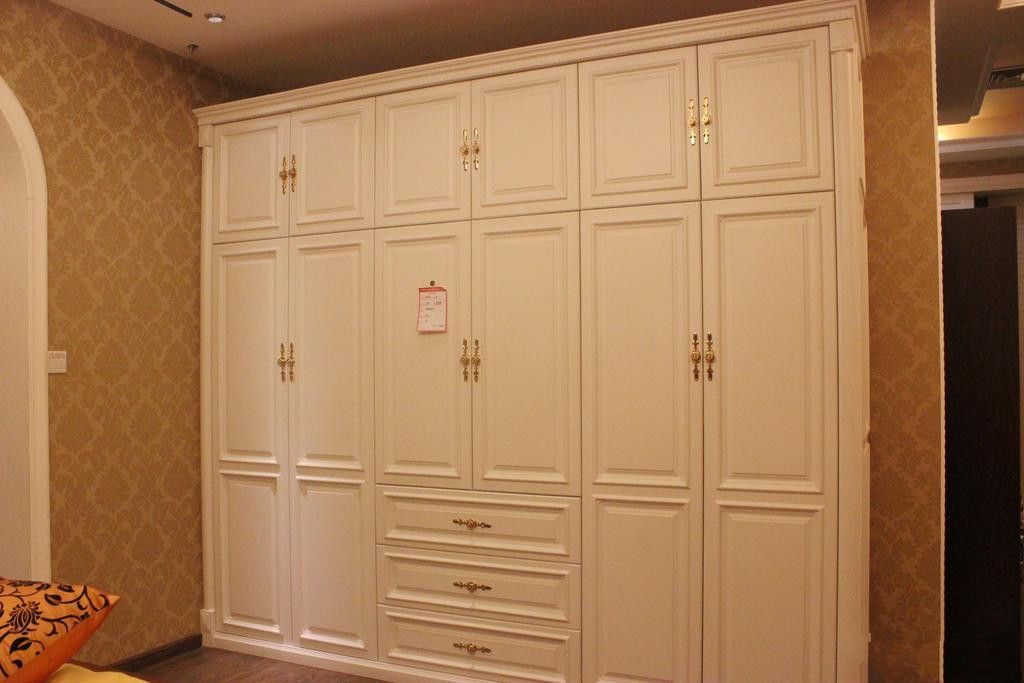 1米6衣柜内部结构图