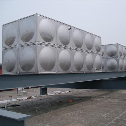 保温水箱结构图剖面