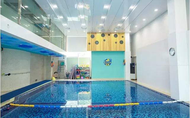 泳池 游泳池 642_400