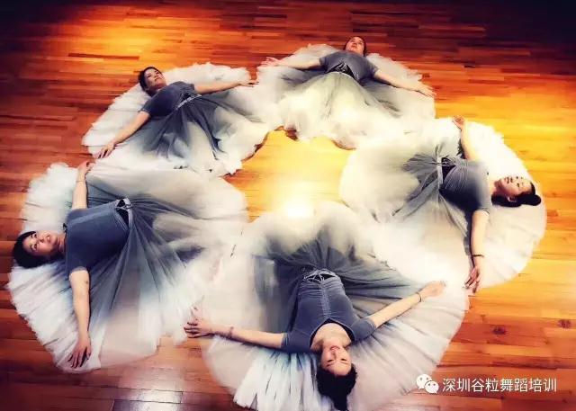 深圳谷粒国际舞蹈第五期10天芭蕾形体集训课程
