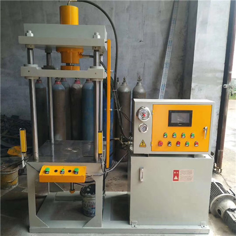小型四柱液压机图片