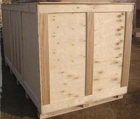 可拆卸木箱的介绍:围板箱包括托盘,箱体,箱盖,通过叠装方式并由一段以