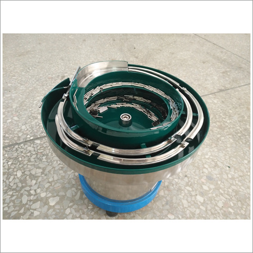广东惠州值得信赖端子振动盘,铁柱振动盘厂家批发