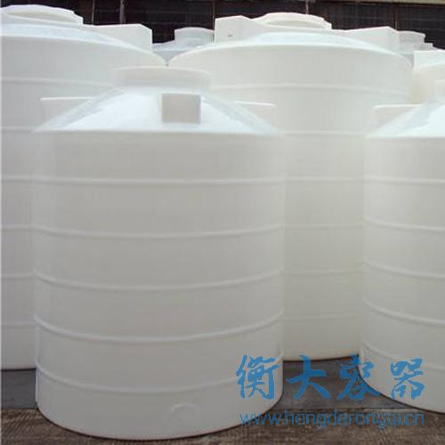 化工塑料储水箱联系方式