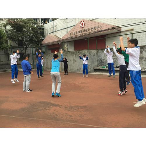 广州体能培训学校用运动改善您的生活品质,强力推荐
